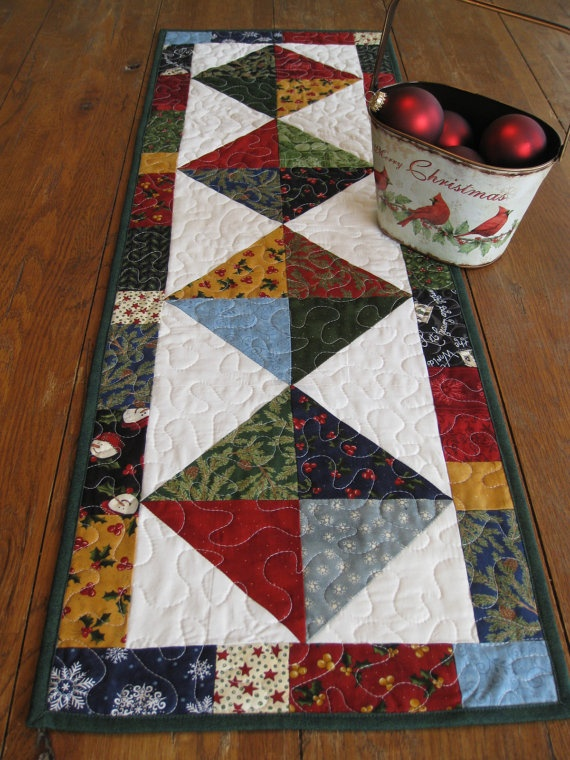 Quilting with Half Square Triangles – Christmas Table ...