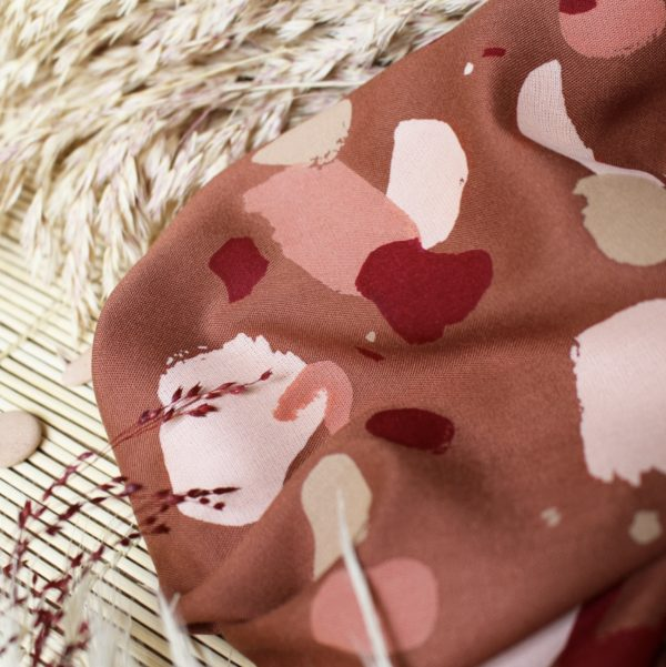 atelier brunette granito chesnut fabric